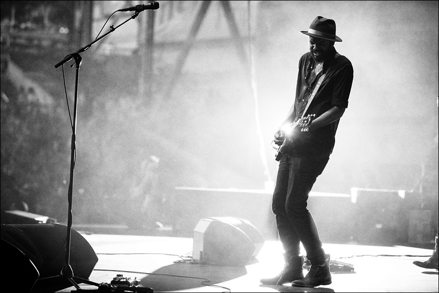 gary_clark_jr_summerfest_2014_milwaukee_album_packaging_music_photography_live_show_warner_brothers_records_13