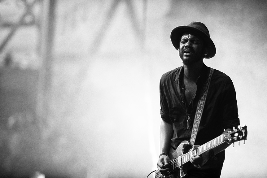 gary_clark_jr_summerfest_2014_milwaukee_album_packaging_music_photography_live_show_warner_brothers_records_15